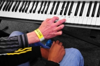 Keyboard lesson_photo by Lizzie Coombes
